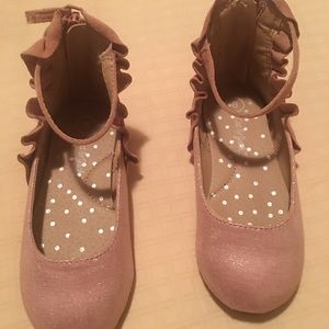 Used toddler dress shoes